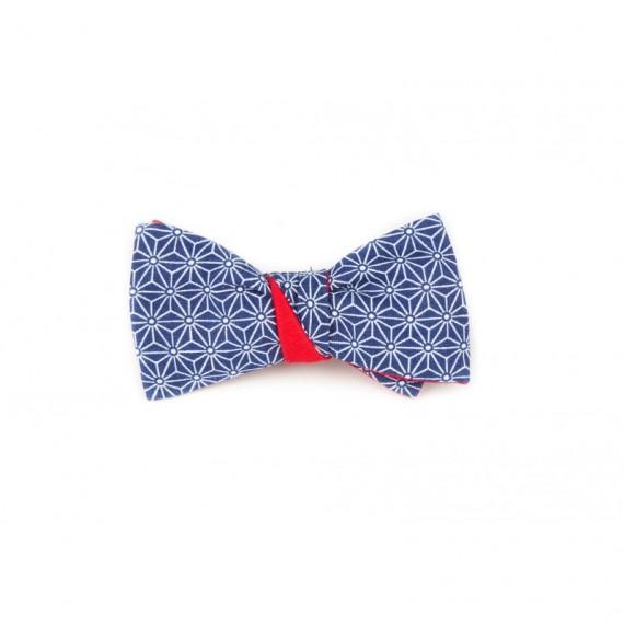Noeud papillon asanoha bleu marine, revers rouge uni